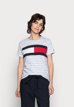 Tommy Hilfiger - TEE REGULAR FIT FLAG - T-Shirt print - classic brenton/breezy blue