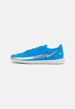 Nike Performance - PHANTOM GT CLUB IC - Chaussures de foot en salle - photo blue/metallic silver/rage green