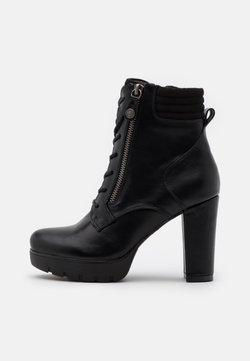 Refresh - High Heel Stiefelette - black