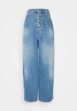MM6 Maison Margiela - Relaxed fit jeans - medium cast