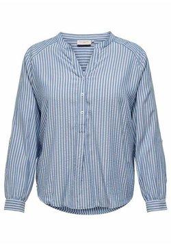 ONLY Carmakoma - OBERTEIL CURVY GESTREIFT - Bluse - colony blue