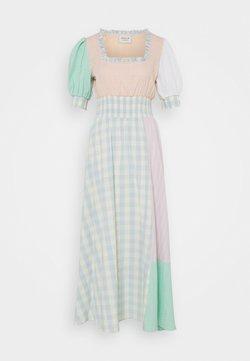 CECILIE copenhagen - GIA LONG DRESS - Freizeitkleid - lavender fog