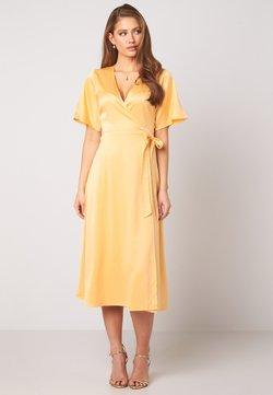 Bubbleroom - SCALA  - Cocktailklänning - yellow