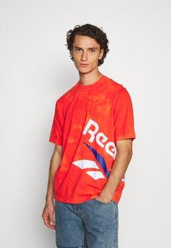 Reebok Classic - CL GP TIE DYE VINTAGE TEE - T-shirt imprimé - carote