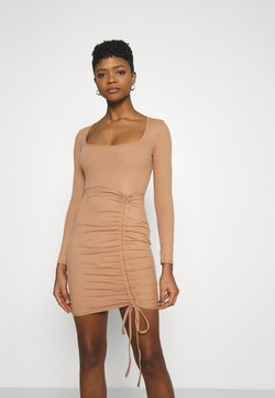 Missguided - RUCHED FRONT LONG SLEEVE MINI DRESS - Vestido ligero - camel