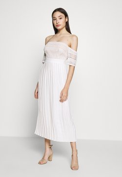 Little Mistress Petite - Cocktailkleid/festliches Kleid - optic white