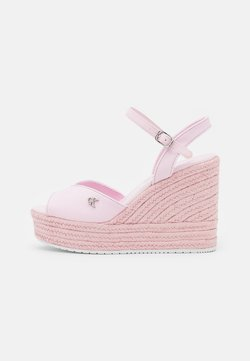 Calvin Klein Jeans - WEDGE ANKLE STRAP  - Sandales à plateforme - pearly pink