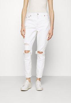 Abercrombie & Fitch - DESTROY CURVE LOVE DUPE - Slim fit jeans - white