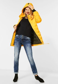 Street One - MIT MODERNER STEPPUNG - Winterjacke - orange