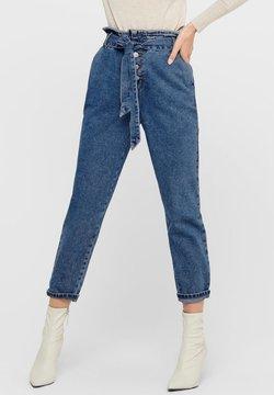 ONLY - HIGH WAIST ONLJANE HW BUTTON PAPERBAG BELT - Jeans Relaxed Fit - medium blue denim