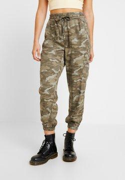 American Eagle - SOFT JOGGER CAMO - Pantalon classique - green