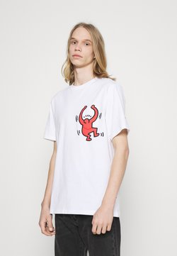 Converse - HARING GRAPHIC POCKET TEE UNISEX - T-shirt con stampa - white