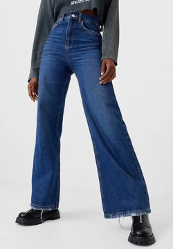 Stradivarius - Jeans a zampa - blue denim