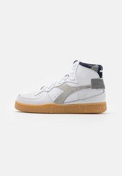 Diadora - MI BASKET WORK PACK UNISEX - Sneakers laag - white