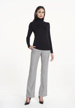 CVRD - UMA - Sweater - black