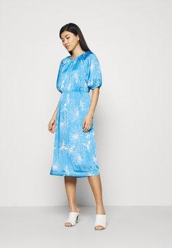 Marks & Spencer London - FLORAL DRES 2-IN-1 - Freizeitkleid - light blue