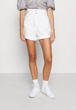 Levi's® - HR PAPERBAG SHORT - Denim shorts - white denim