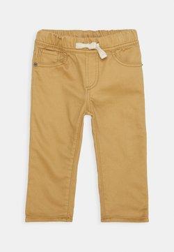 GAP - TODDLER BOY SLIM - Jeans a sigaretta - fall acorn