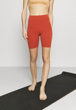Nike Performance - YOGA LUXE SHORT - Tights - rugged orange/light sienna