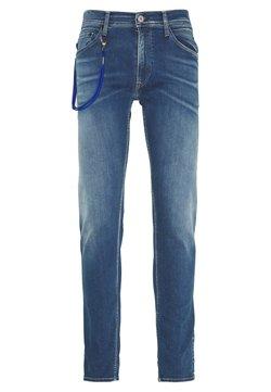Replay - TITANIUM MAX - Jeans slim fit - medium blue