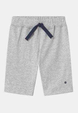 Petit Bateau - MALIN - Shorts - poussiere chine
