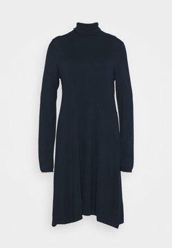 Vero Moda Tall - VMGLORY ROLLNECK DRESS - Neulemekko - navy blazer