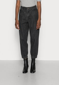 Freequent - BAGGER ANKLE - Relaxed fit jeans - black