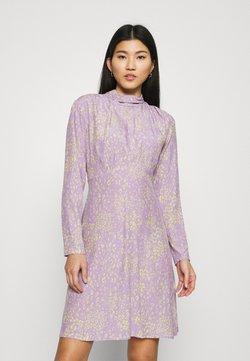 Closet - HIGH NECK MINI DRESS - Hverdagskjoler - purple