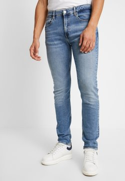Calvin Klein Jeans - SLIM TAPER - Jeans Tapered Fit - mid blue