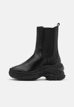 Bronx - CHAINY - Platform ankle boots - black