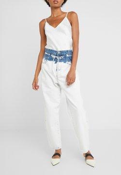 CLOSED - LEXI HIGH WAIST LONG LENGTH - Jeans baggy - extrem light