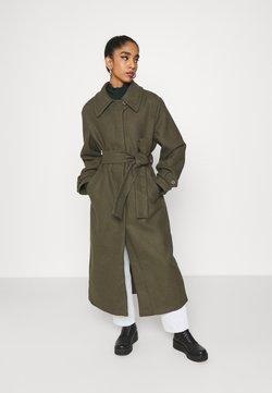 Weekday - RICKY COAT - Klasyczny płaszcz - khaki green