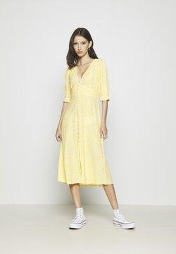 Monki - AVRIL DRESS - Skjortekjole - yellow