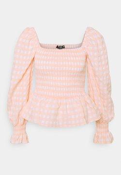 Missguided Petite - CHECK SHIRRED DETAIL PEPLUM - Langarmshirt - pink