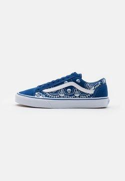 Vans - STYLE 36 UNISEX - Matalavartiset tennarit - true blue/true white