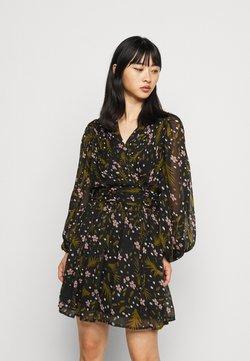 Vero Moda Petite - VMHADDIE SHORT GATHERING DRESS - Kjole - black/haddie