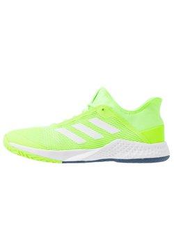 adidas Performance - ADIZERO CLUB - Kengät kaikille alustoille - sigal green/footwear white/tech indigo