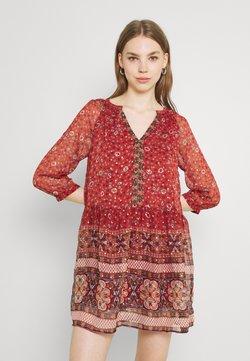 Vero Moda - VMBOHEMEA SHORT DRESS - Vestito estivo - chili oil/bohemea