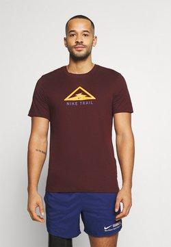 Nike Performance - DRY TEE TRAIL - T-shirt imprimé - mystic dates