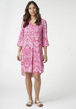 Dea Kudibal - KAMILLE - Freizeitkleid - paisley pink