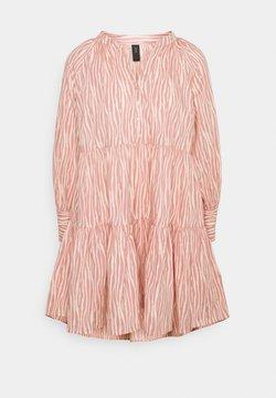 YAS Petite - YASSUFILLA DRESS - Vestido informal - cameo brown