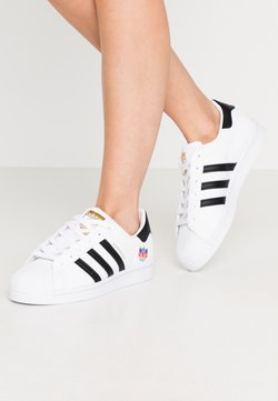 adidas Originals - SUPERSTAR  - Sneakers laag - footwear white/core black/gold metallic