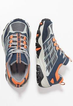 Merrell - M-MOAB FST LOW WTRPF - Chaussures de marche - navy/grey/orange