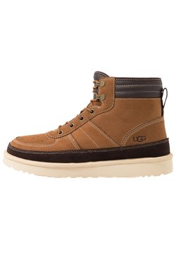 UGG - HIGHLAND SPORT - Bottines à lacets - chestnut