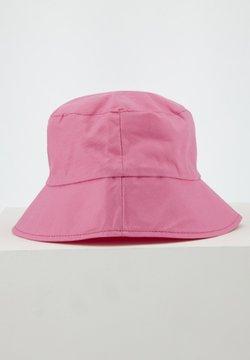 DeFacto - Hattu - pink