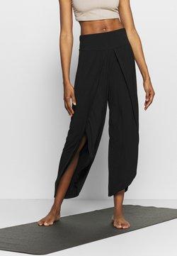 South Beach - WRAP SPLIT PANT - Pantalones deportivos - black