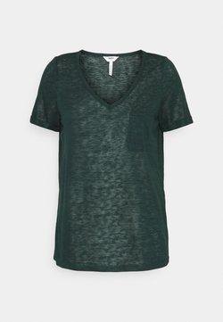 Object - OBJTESSI V NECK  - T-shirt z nadrukiem - scarab