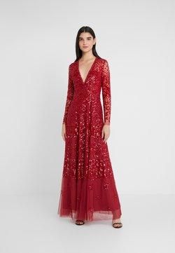 Needle & Thread - AURORA V-NECK GOWN - Abito da sera - cherry red
