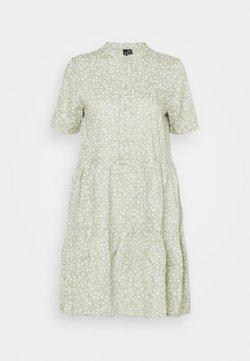 Vero Moda Petite - VMSIMONE SHORT DRESS  - Vapaa-ajan mekko - desert sage