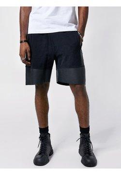 Tigha - Shorts - black